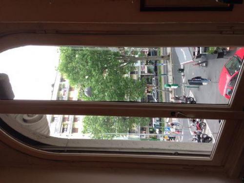 Buon giorno devo sostituire due finestre in legno con for Preventivo finestre online