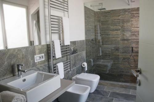 bagni moderni con materiale incluso a partire da 3900 euro