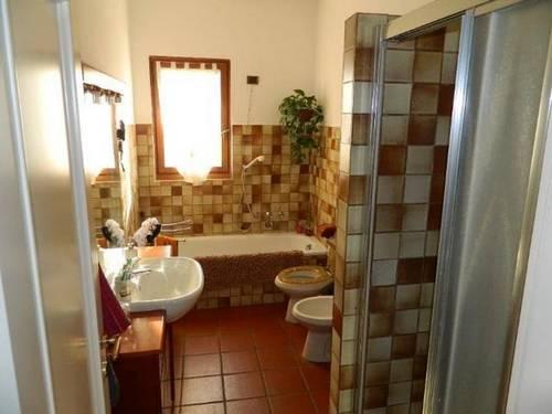 Rimodernare un bagno di mq 3x2 a trezzano rosa - Progetto bagno 2 mq ...
