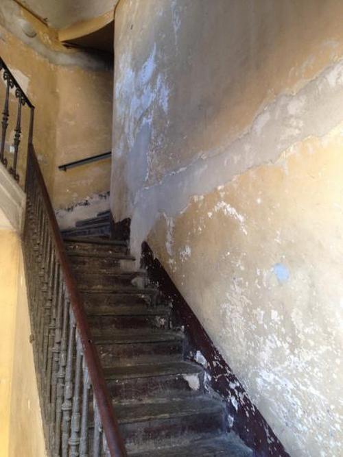 Pittura scale interne tutte le immagini per la for Piani di casa del condominio