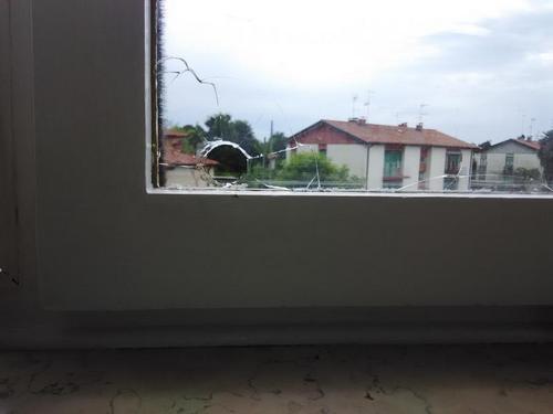 Sostituzione vetro di una finestra a tricesimo - Cambiare vetro finestra ...
