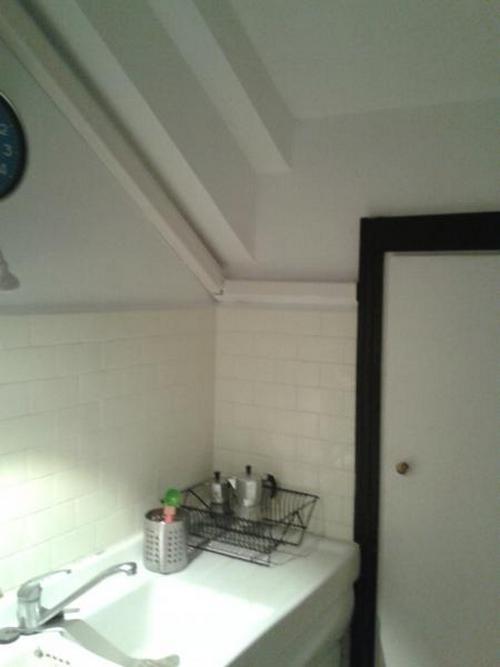 Rinnovare le fughe tra le piastrelle parete cucina 6mq - Rinnovare piastrelle cucina ...