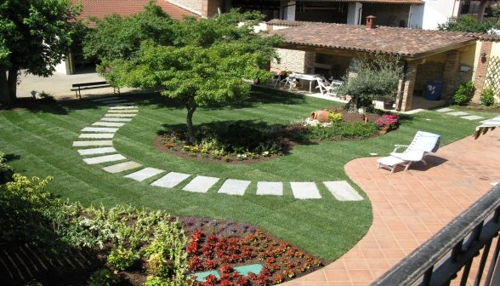 Edilizia servizi daniele marcelli - Foto piccoli giardini ...