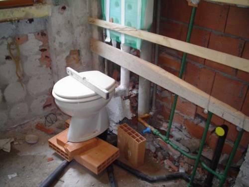 Costo impianto idraulico bagno la scelta giusta - Costo medio rifacimento bagno ...