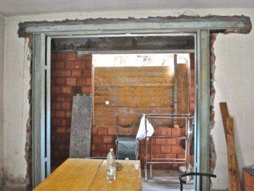 Apertura porta in muro portante for Costo porta finestra
